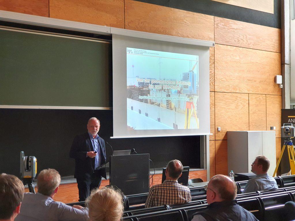 """Prof. Dr. Runne, Institut für Geoinformation und Vermessung Dessau Hochschule Anhalt, Vortrag """"Terrestrisches Laserscanning und BIM""""_03"""